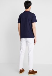 Lacoste - TH8560 - T-Shirt basic - marine - 2