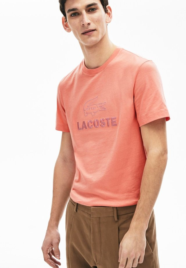 TH8602-00 - T-shirt imprimé - rose