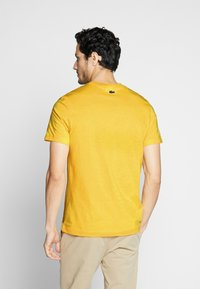Lacoste - TH5097-00 - Print T-shirt - yellow - 2