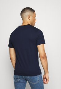 Lacoste - T-shirts - navy blue - 2