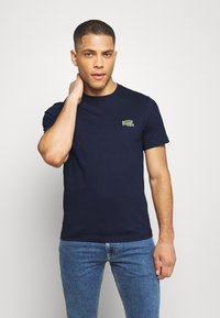 Lacoste - T-shirts - navy blue - 0