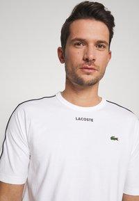Lacoste - T-shirt imprimé - weiss - 3