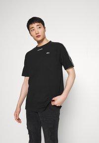Lacoste - T-Shirt print - black - 0