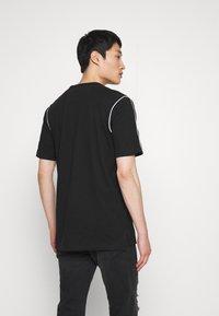 Lacoste - T-Shirt print - black - 2