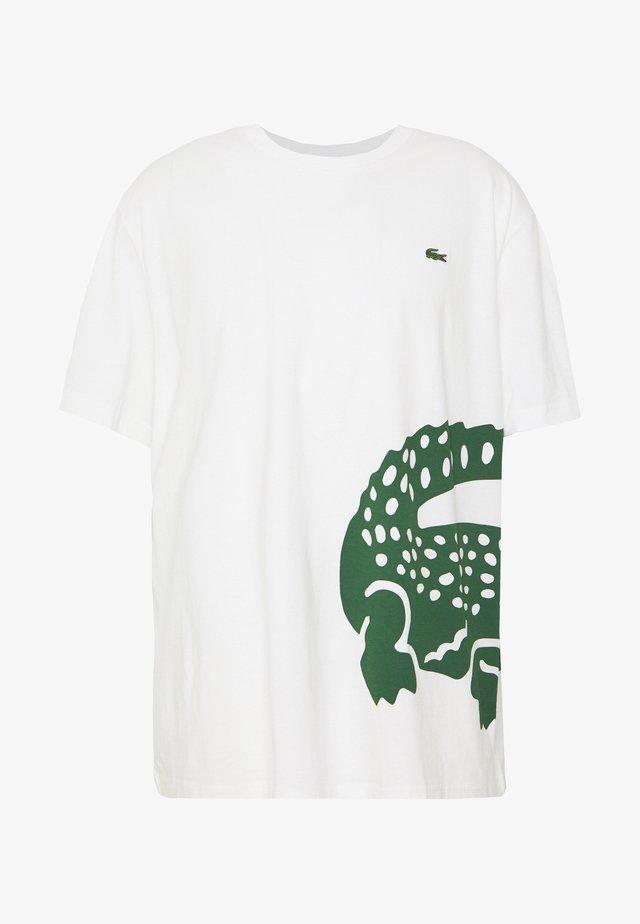 T-Shirt print - flour