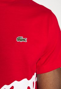 Lacoste - T-shirt imprimé - red - 5