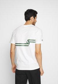 Lacoste - Print T-shirt - flour - 2