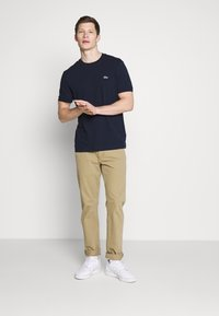 Lacoste - T-shirt basic - navy blue - 1