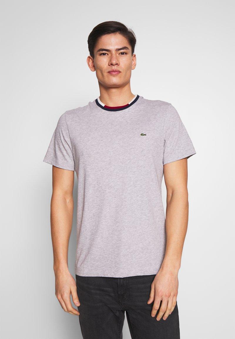 Lacoste - T-shirt basique - silver chine/navy blue-/flour/bordeaux