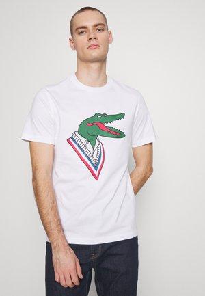 Unisex Lacoste x Jean-Michel Tixier Design Cotton T-shirt - Print T-shirt - blanc/rouge