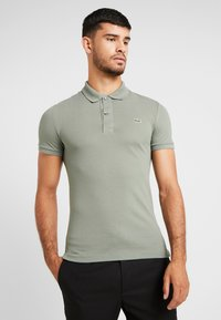 Lacoste - SLIM FIT - Polo - sergent - 0