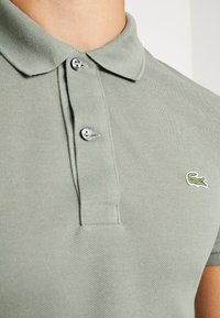 Lacoste - SLIM FIT - Polo - sergent - 5