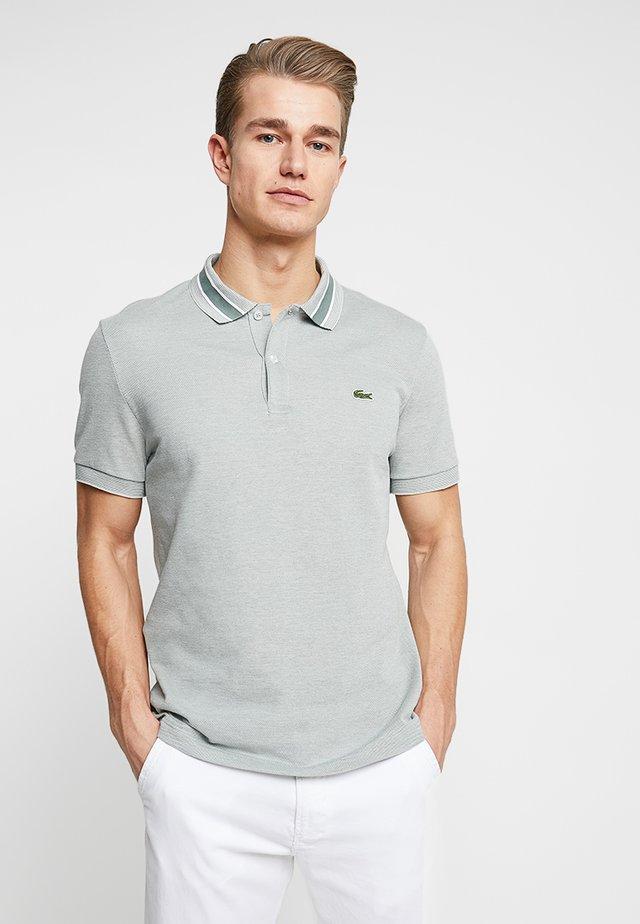 Polo shirt - grassy/flour