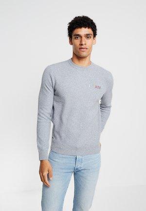 Sweter - pike
