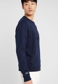 Lacoste - SH8546 - Sudadera - navy blue - 3