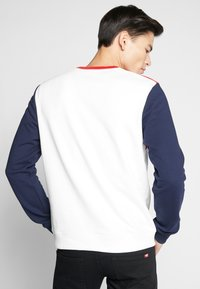 Lacoste - Sweater - farine/rouge/marine - 2