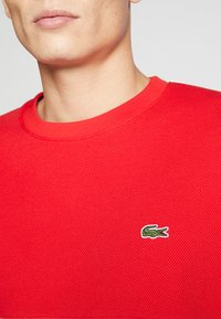 Lacoste - Sweater - farine/rouge/marine - 5