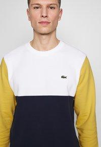 Lacoste - Sweater - marine/farine/daba - 5