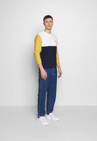 Lacoste - Sweater - marine/farine/daba - 1