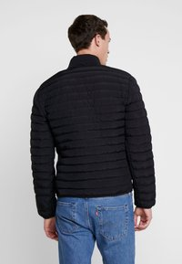 Lacoste - Lehká bunda - black/wheelwright - 2
