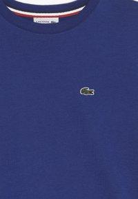 Lacoste - T-shirt basic - captain - 3