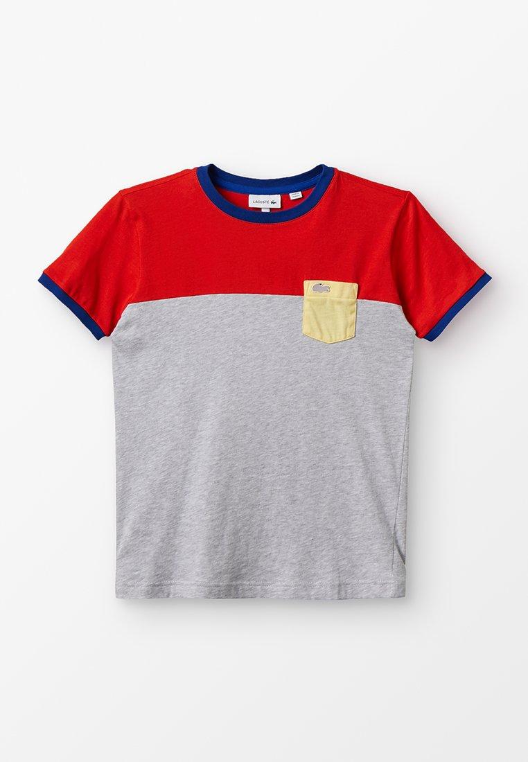 Lacoste - BOY TEE - Camiseta estampada - salvia/silver chine/napolitan yellow/captain
