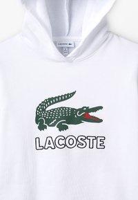 Lacoste - BOY LOGO HOODIE - Mikina skapucí - blanc - 4
