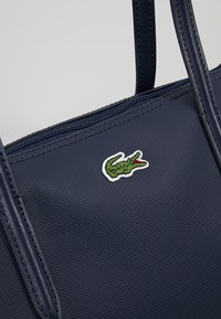 Lacoste - NF1888PO_141 - Shopping bag - eclipse - 7