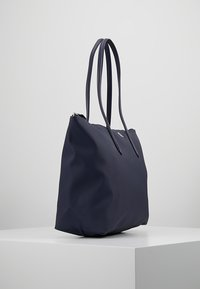 Lacoste - NF1888PO_141 - Shopping bag - eclipse - 3