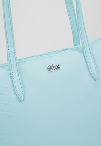 Lacoste - NF2037PO - Kabelka - clearwater - 6