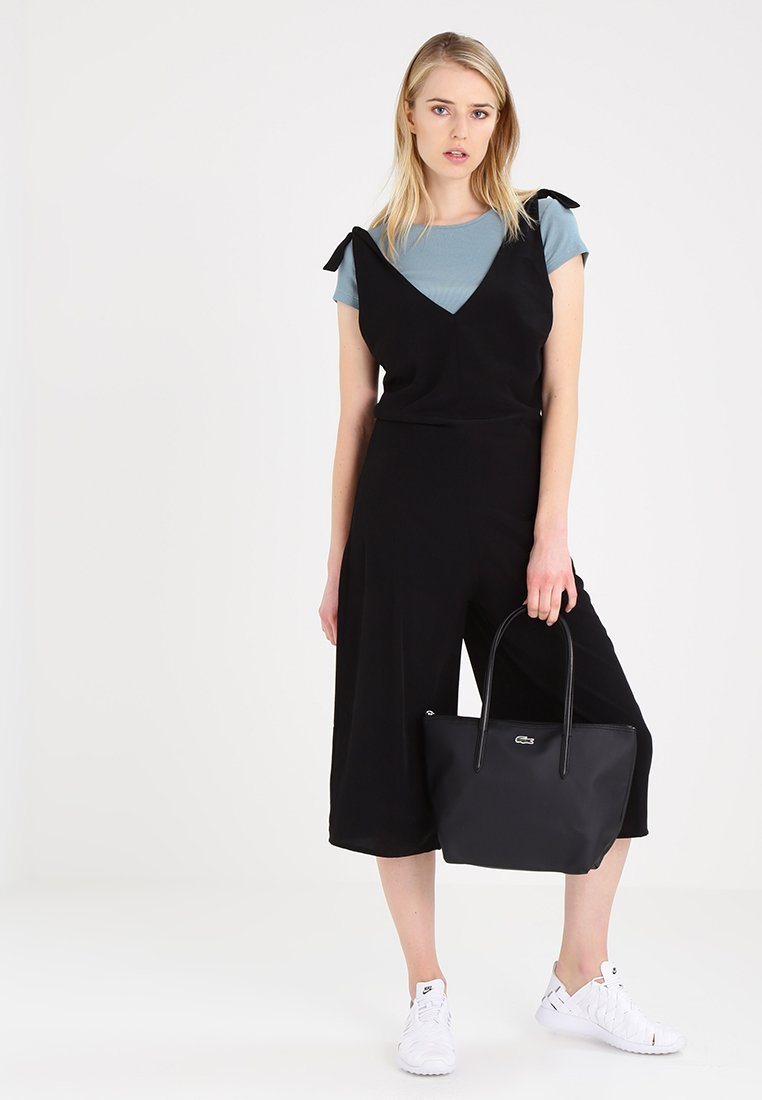 Lacoste - NF2037PO - Håndtasker - black