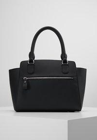 Lacoste - Handtasche - black - 2