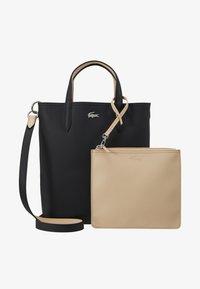 Lacoste - VERTICAL BAG SET - Handbag - black warm sand - 6