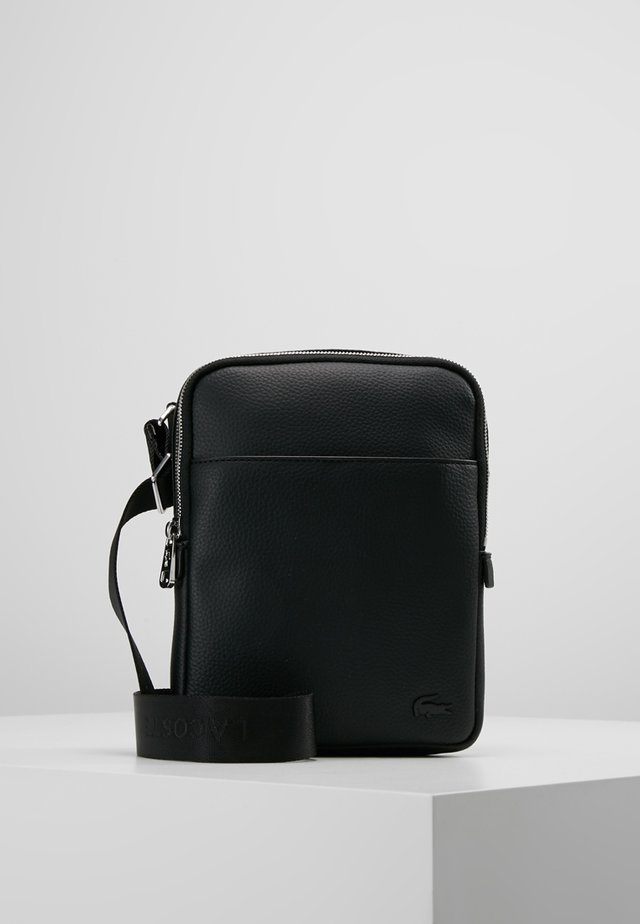 FLAT CROSSOVER BAG - Schoudertas - black