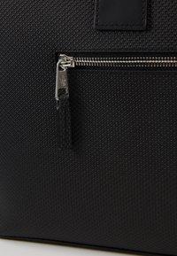 Lacoste - Weekend bag - black - 6