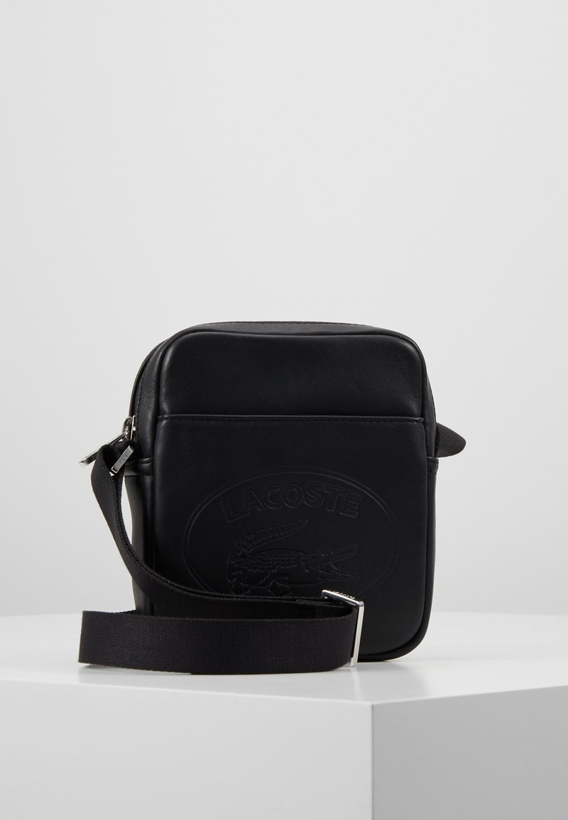 Lacoste - VERTICAL CAM - Across body bag - black