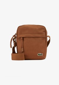 Lacoste - VERTICAL CAMERA BAG - Across body bag - otter - 1