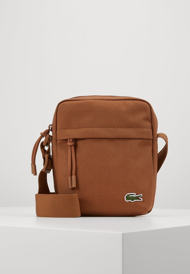 Lacoste - VERTICAL CAMERA BAG - Across body bag - otter