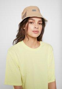 Lacoste - Hat - beige - 4