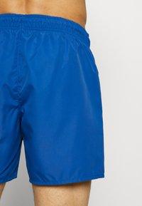 Lacoste - Swimming shorts - electrique/marine - 1