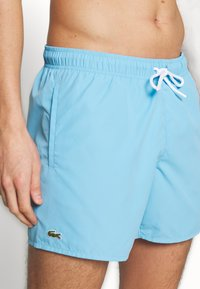 Lacoste - Swimming shorts - barbeau/electrique - 3