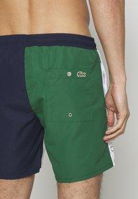 Lacoste - MH6276-00 - Swimming shorts - marine/blanc - 3