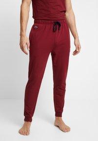 Lacoste - JOGGER - Pyjama bottoms - burgundy - 0