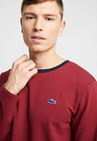 Lacoste - LONG SLEEVE CREWNECK - Nachtwäsche Shirt - dark red - 3