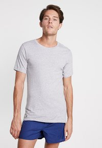 Lacoste - SLIM FIT TEE 3 PACK - Camiseta interior - grau meliert - 1