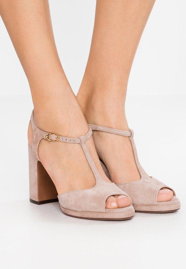 Højhælede sandaletter / Højhælede sandaler - betulla