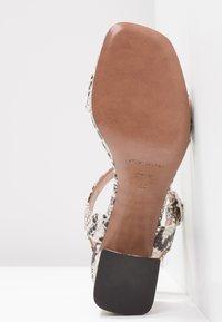 L'Autre Chose - Korkeakorkoiset sandaalit - offwhite - 6