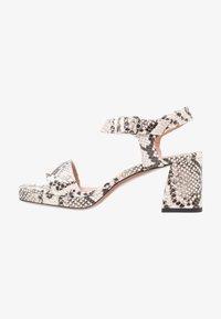 L'Autre Chose - Korkeakorkoiset sandaalit - offwhite - 1