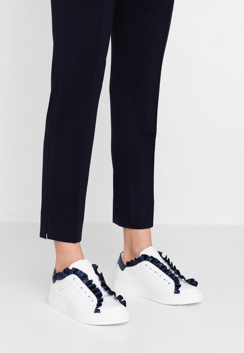 L'Autre Chose - Zapatillas - white