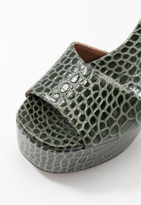 L'Autre Chose - High heeled sandals - sage - 2